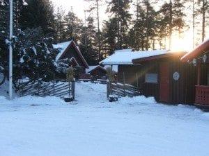 Idyllisk hyttetun med plass til 50 overnattingsgjester.