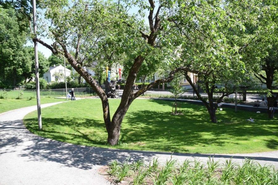 Josefines park sett fra inngangen i Hegdehaugsveien