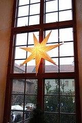 Advent starter med 1. søndag i advent som alltid faller mellom 27. november og 3. desember