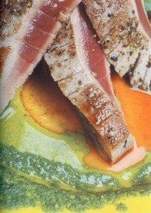 Tunfisk med blåskjell, pestosaus og tomatfennikel