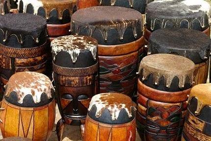 Afro-karibisk quiz, musikk og mat på Lemongrass