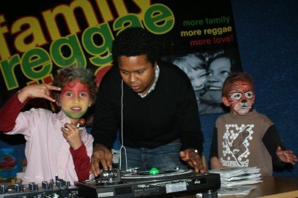 Familie Reggae på Deichmanske hovedbibliotek