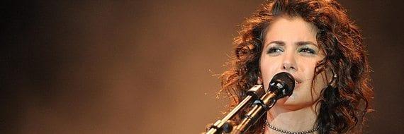 Katie Melua spiller på Folketeateret. Foto: Ralf Heid / Flickr