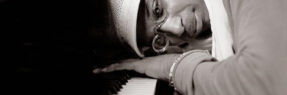 Omar Sosa spiller på Cosmopolite