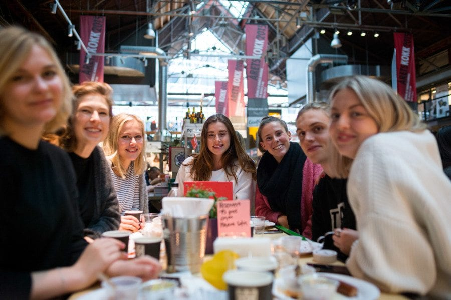 By:Larm-frokost i Mathallen hovedbilde