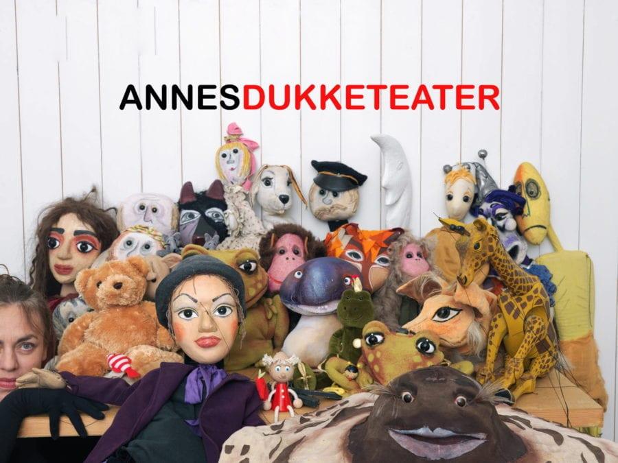 Annes dukketeater spiller « Den magiske kiste» hovedbilde