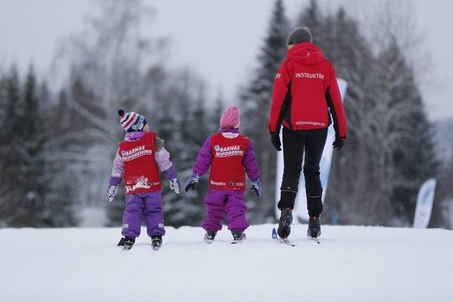 Skiforeningen inviterer til ski og moro i snøen hovedbilde