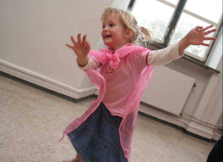 Danselek for barn og voksen hovedbilde