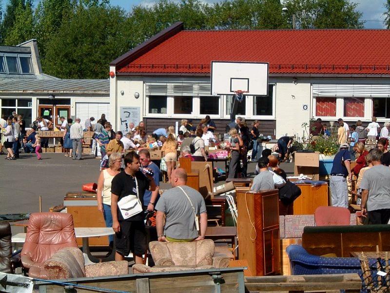 Loppemarked på Høyenhall skole hovedbilde