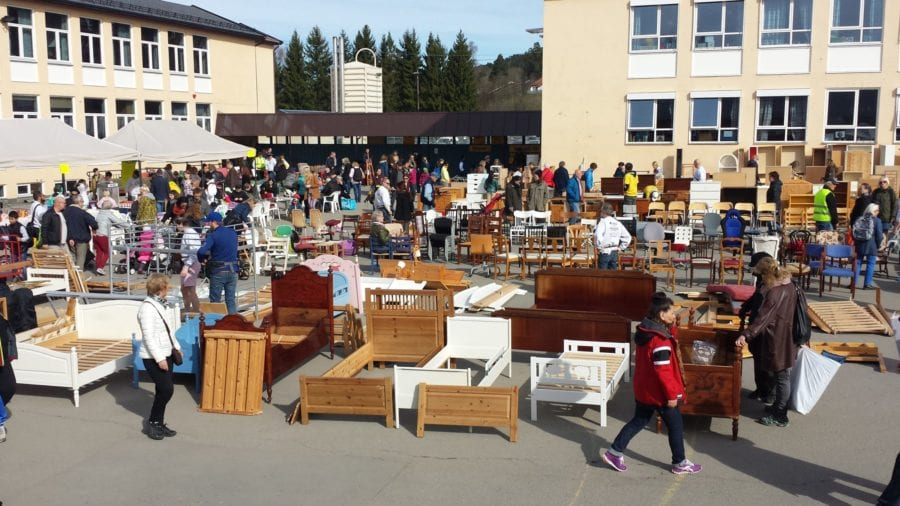 Loppemarked på Voksen Skole hovedbilde