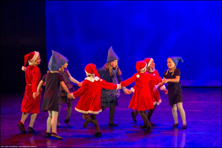 Juleforestilling «Happy On Stage!» hovedbilde