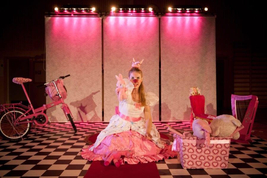 Teaterlørdag Ung: Om bare Rosa kunne trylle hovedbilde