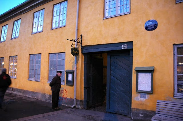 Fortellerkafe Oslo: Trond Haugmark og Liv Selmer hovedbilde