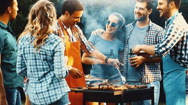 Bli en mester til å grille kjøtt hovedbilde