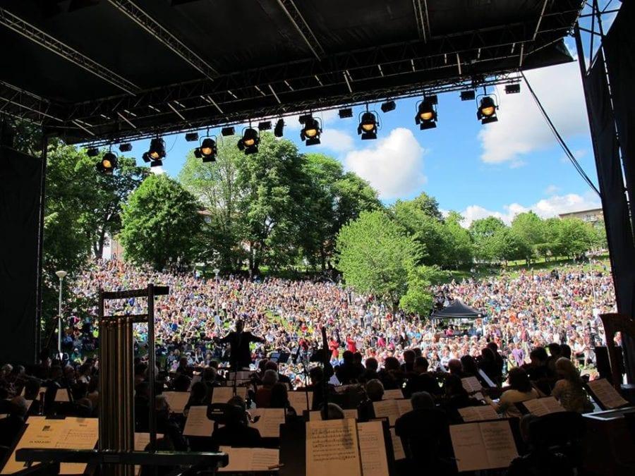 Friluftskonsert, Sagene sommerkonserter hovedbilde