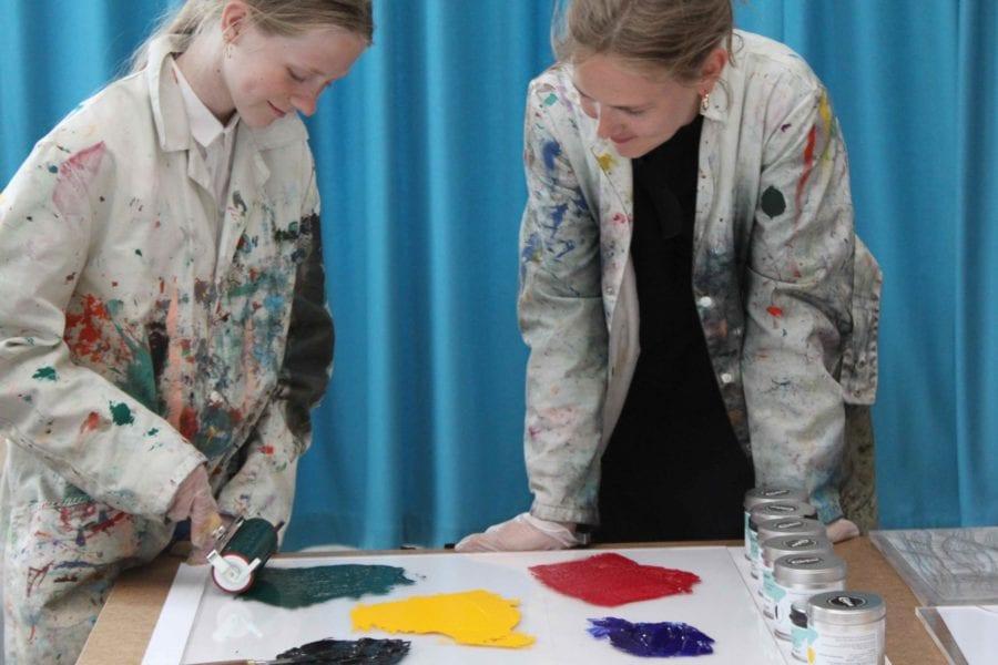 Lag kunst inspirert av Andy Warhol og Edvard Munch i Bjørvika hovedbilde