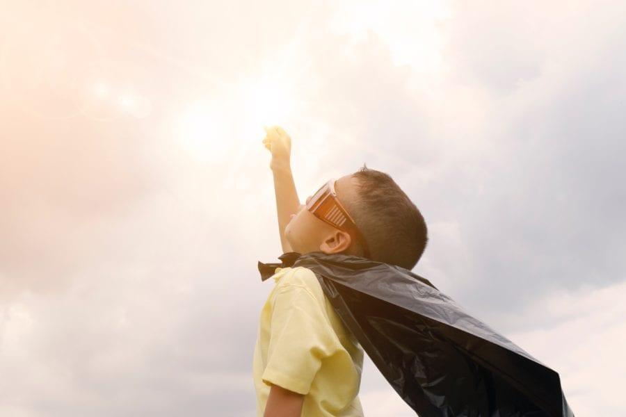 Barnas lørdag: Vekk den gigastore søppelslangen