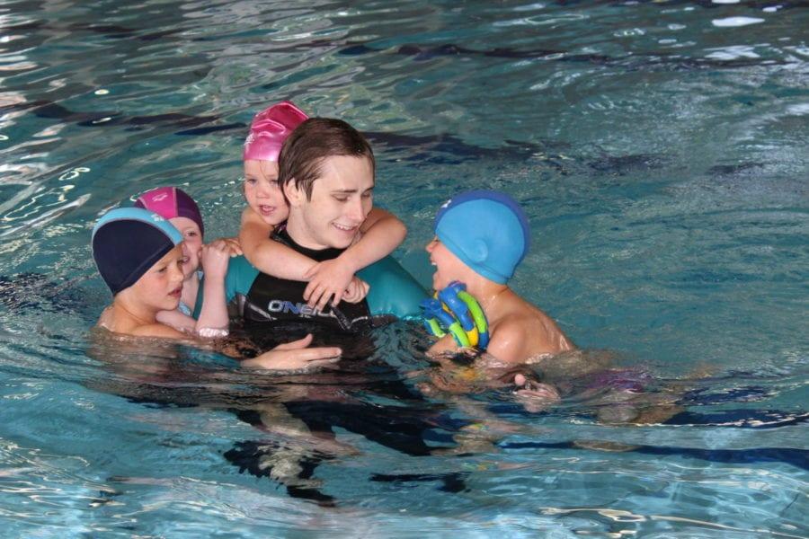 Intensiv svømmeopplæring i vinterferien hovedbilde