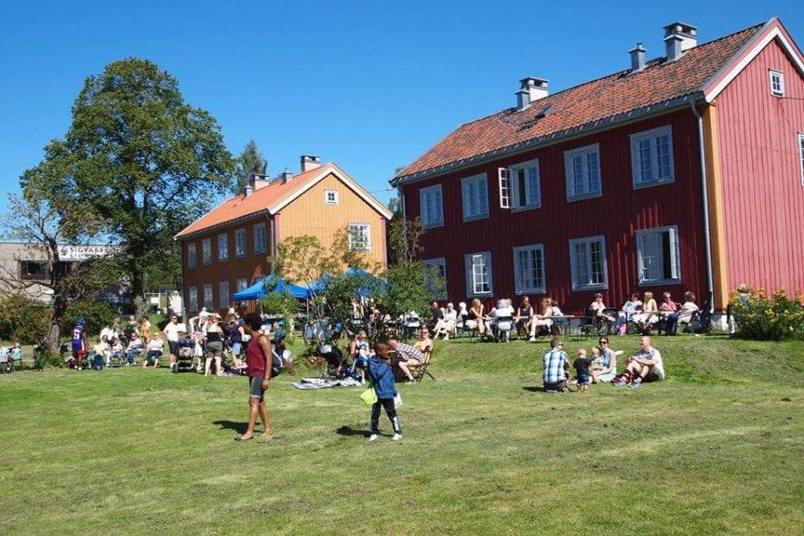 Familie / PåskeMarked på Kafe Steinbra hovedbilde