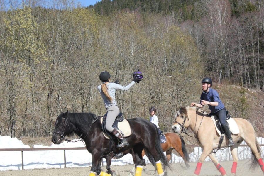 Ridekurs: Dagskurs i Horseball 5. mai hovedbilde