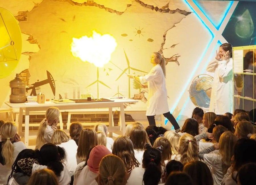 Vitenshow på Hadeland Glassverk hovedbilde