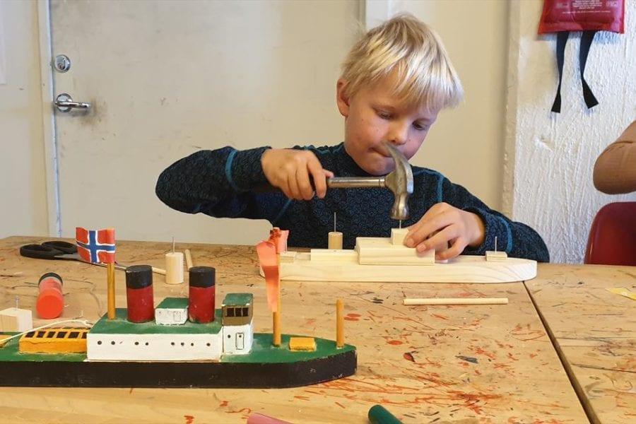 Eventbilde: Barnas båtverksted på Maritimt museum