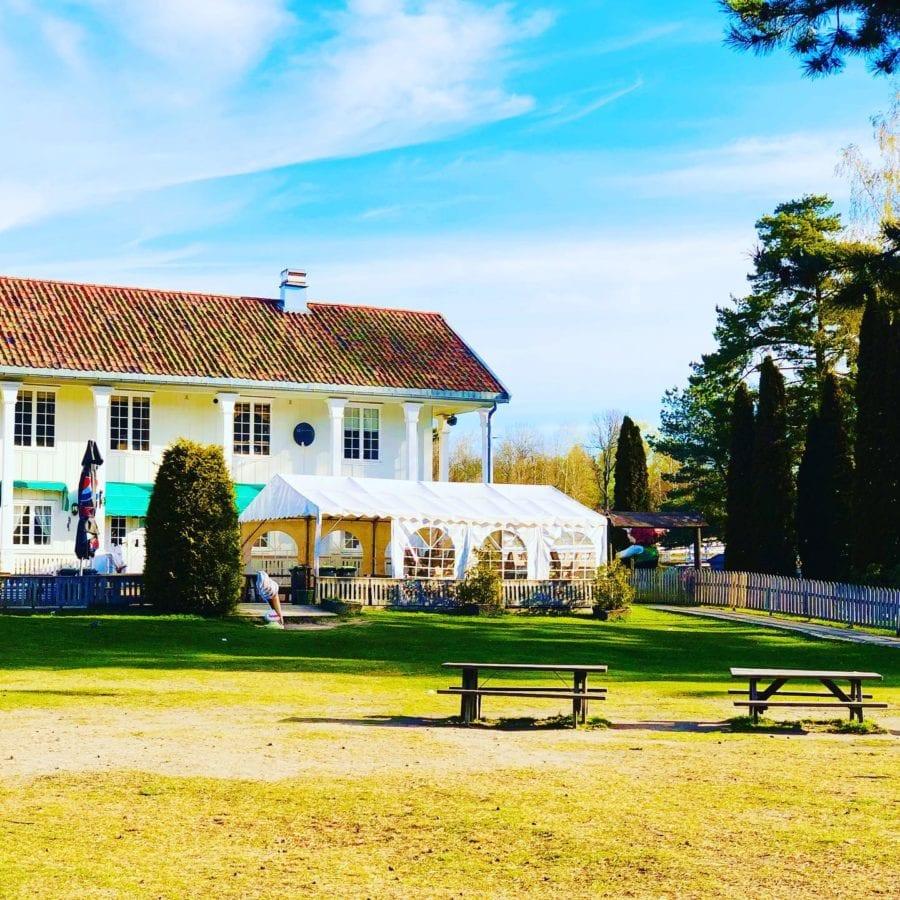 Besøk Søylehuset Cafe & Minigolf på Ekeberg hovedbilde